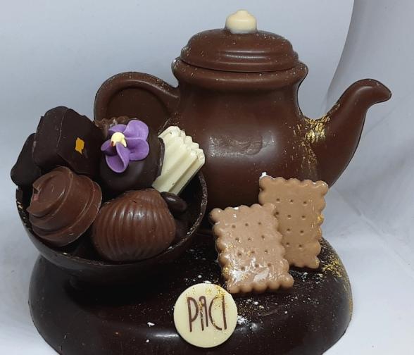 coeur, bonne, fete, mamie, grand, mere, fete, meilleur, cadeau, creation, chocolat, jp, paci, chocolatier, nice, cannes, artisan